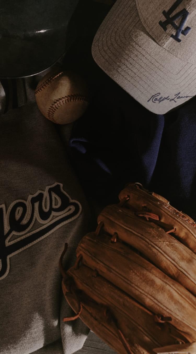 ラルフ ローレンの野球トレーディングカード、グローブ、帽子のイラスト